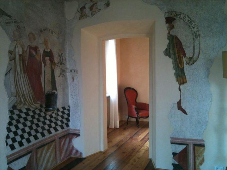 """l'""""Antica Stanza Cortese"""", in via Benizzi Castellani  (a fianco del Comune) villa ristrutturata e riportata agli antichi splendori, per meeting ed eventi privati."""