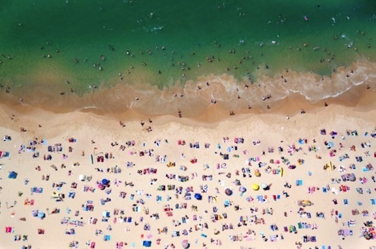 wow, this is coogee- a beach i used to live at. great photo by gray malin.