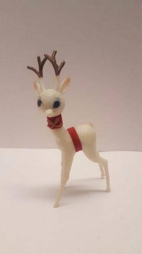 Vintage-Christmas-plastic-white-deer-reindeer-unusual-big-blue-eyes-5-1-2-034