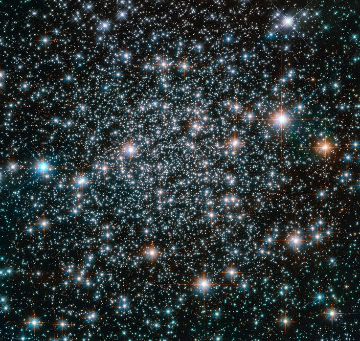 The Hubble Space Telescope captured this stunning image of NGC 6496, a globular cluster containing some rare heavy-metal, variable stars.