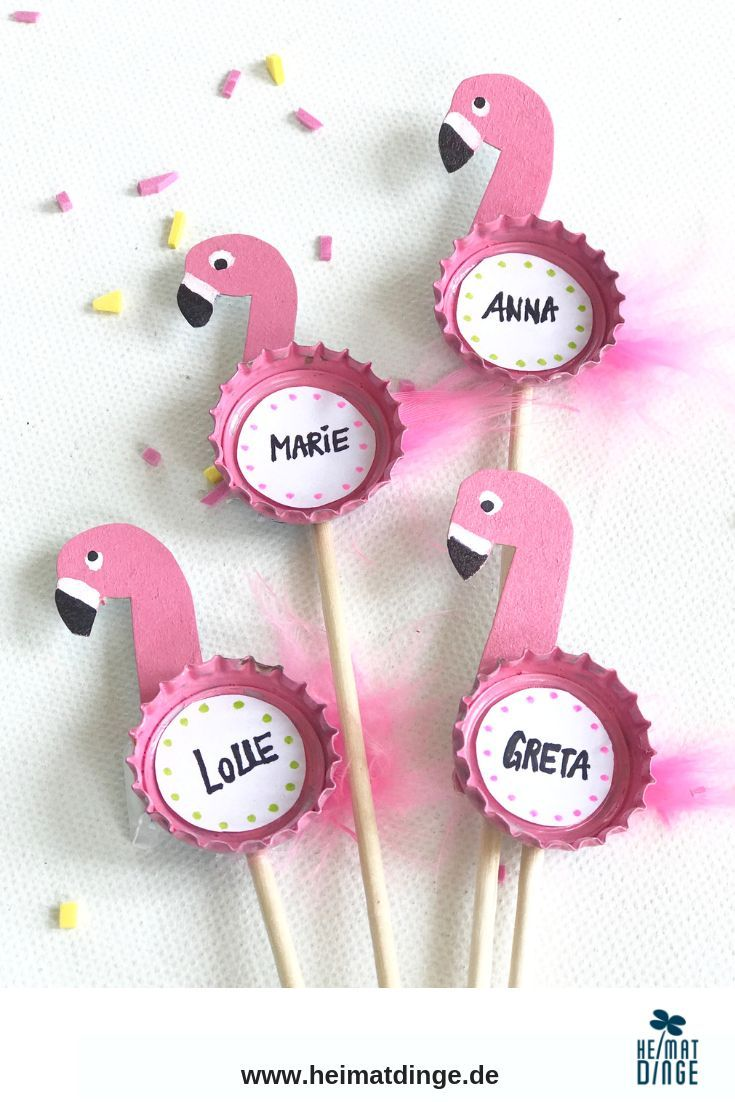 Make sustainable party decoration yourself: reusable flamingo party picker from bottle caps
