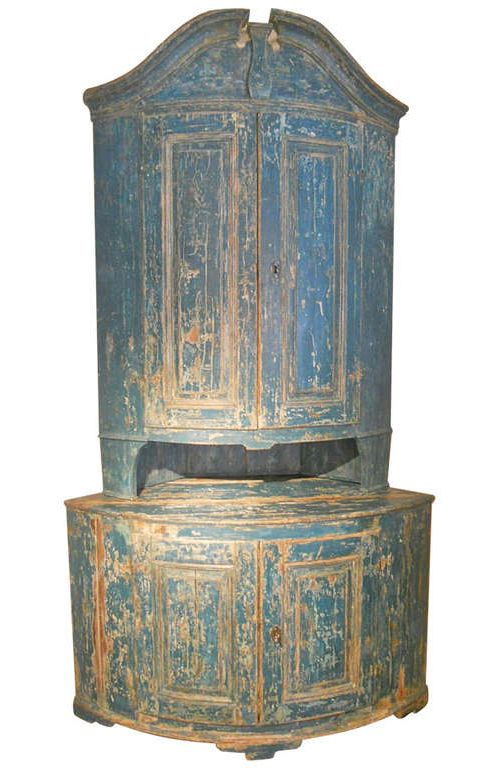 1stdibs   Huge 18th. Century Swedish Rococo Corner Cupboard