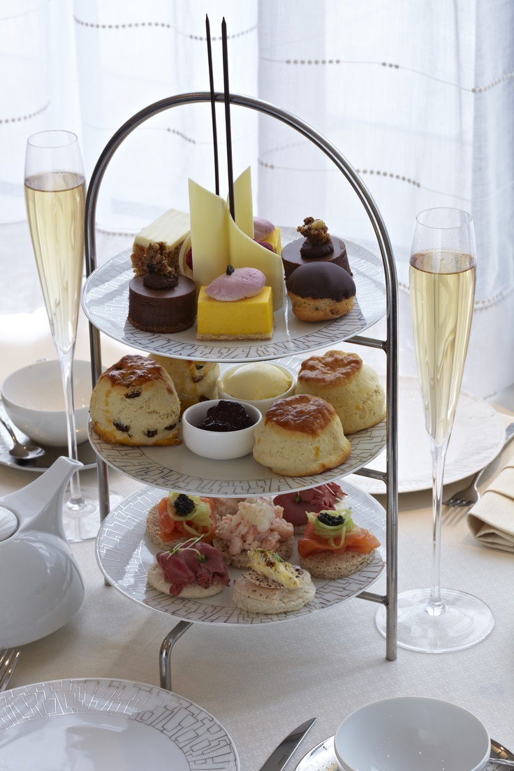 The Wellington Afternoon Tea presents a seasonally changing menu celebrating the best ingredients  available from the British Isles > by @InterContinental Park Lane