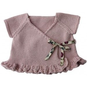 Cache-coeur Olina - designed by Kids Tricot. Easily simplified for a more boyish look, if needs be. To make with longer sleeves.