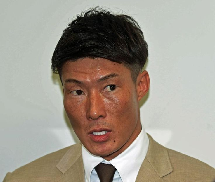 オリックス糸井嘉男外野手(35)が、今季取得した国内FA権を行使した。7日、京セラドーム大阪内の球団事務所を訪れ、申請書類を提出。1日にオリックス側に権利行使… - 日刊スポーツ新聞社のニュースサイト、ニッカンスポーツ・コム(nikkansports.com)