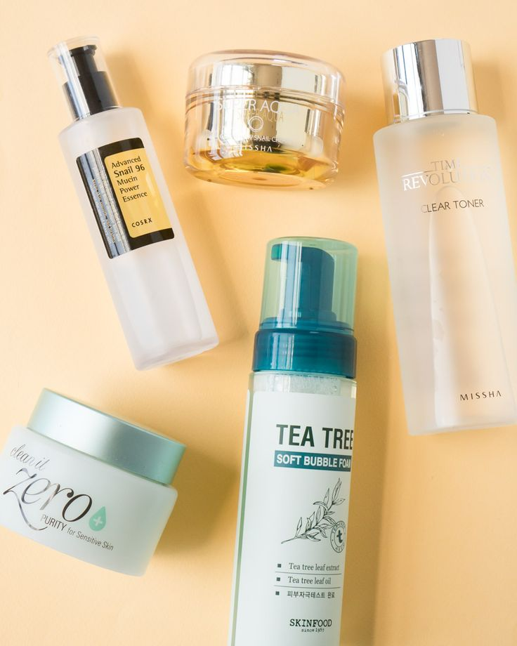 ACNE/SEBUM CONTROL 5 STEP SKINCARE- Fighting acne is tough, which is why we created this powerful routine to help clear breakouts and keep excess sebum at bay. This set includes five Soko Glam favorites that not only remove impurities and hydrate skin but also prevent future breakouts and fade acne scars!
