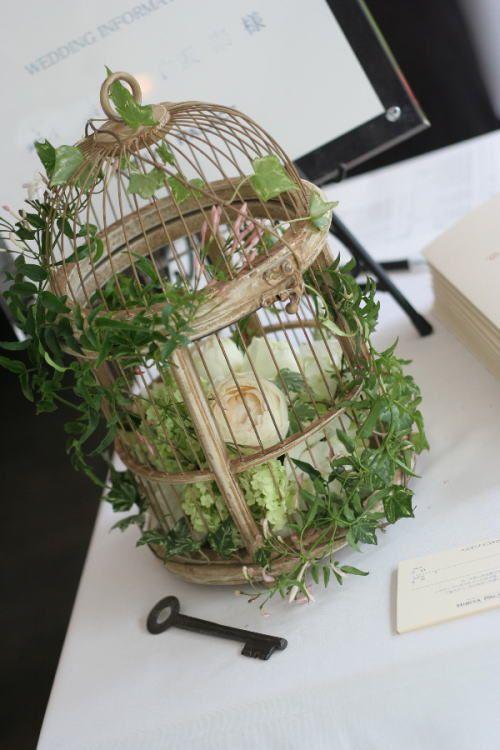 緑と、白と、ベージュの装花 日比谷パレス様へ : 一会 ウエディングの花