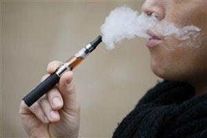 Cigarros eletrónicos equiparados aos pensos de nicotina