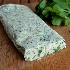 Garlic and Herb Butter  1/2 cup butter, softened 2 cloves garlic, finely chopped 1 – 2 tsp parsley 1 – 2 tsp chives 1 – 2 tsp basil *herbs can be fresh or dried
