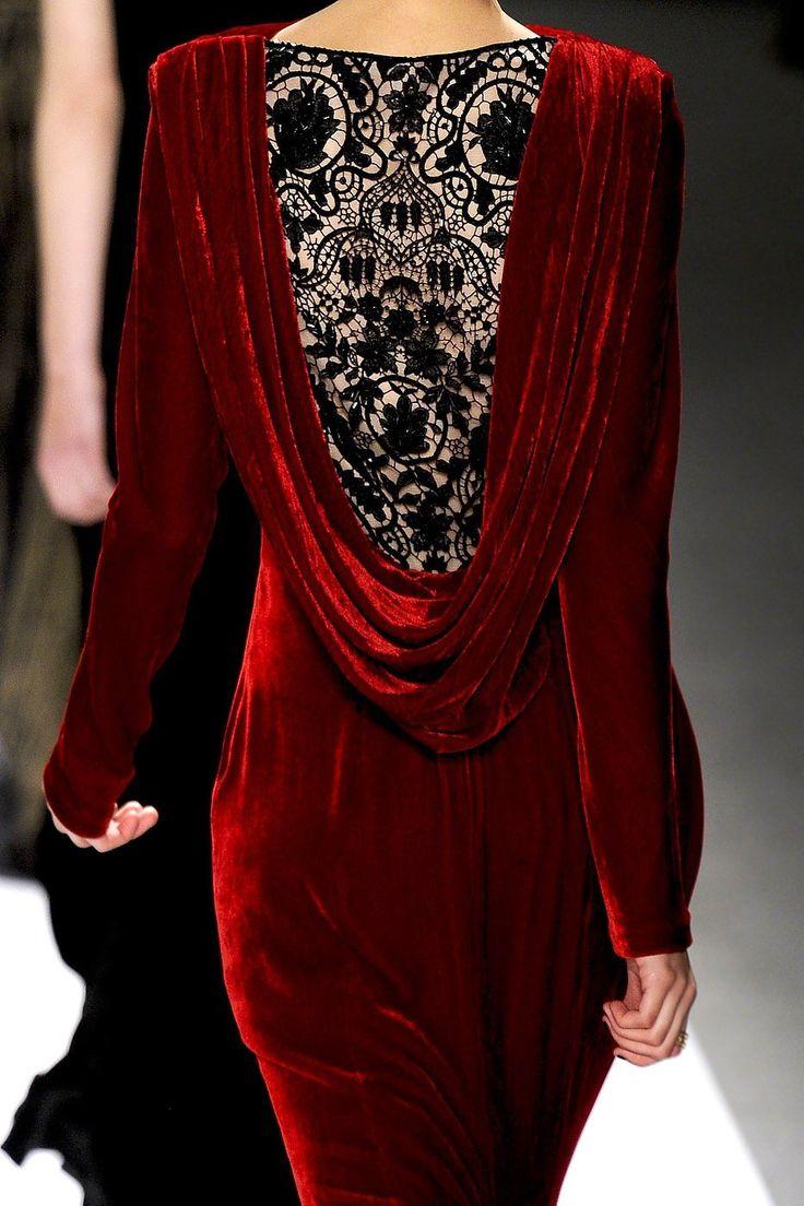 Tadashi Shoji at New York Fall 2012 (Details)