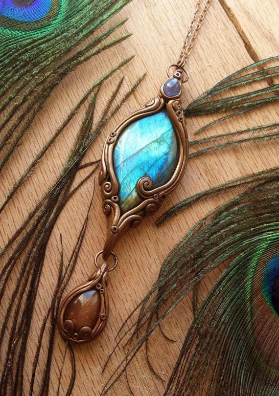 Treasure - pendentif en énergie cristal Tanzanite, Labradorite & Sunstone…