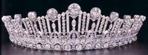 Tiara Mania: Diamond Art Deco Tiara