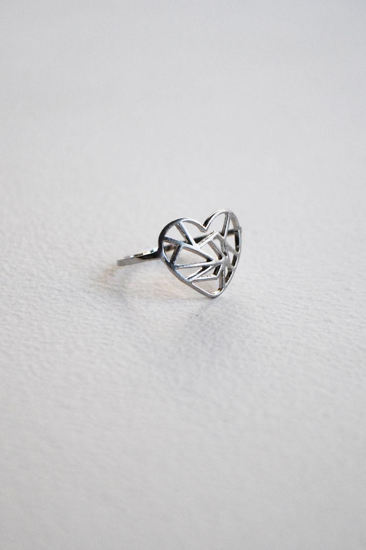 Silver Heart Δαχτυλίδι - ΑΞΕΣΟΥΑΡ -> Κοσμήματα | Made of Grace