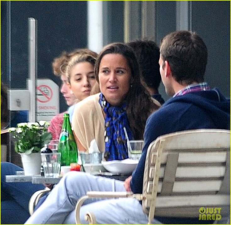 Pippa Middleton Goes for a Friendly Lunch with Ex Alex Loudon | pippa middleton goes for a friendly lunch with ex alex loudon 23 - Photo