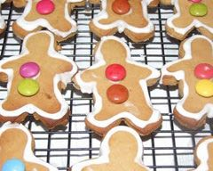 "Making ""Gingerbread Men"" is a fun cooking activity for a party. Baking can be fun way to celebrate a birthday and a very inexpensive snack."