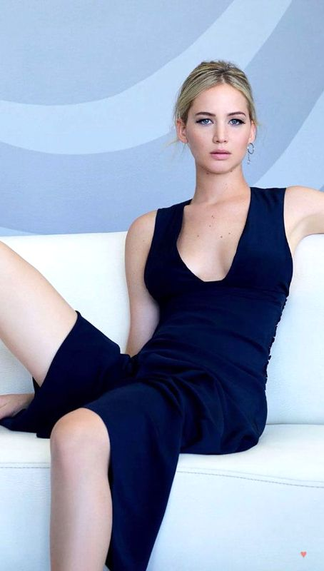 1000 images about jennifer lawrence on pinterest. Black Bedroom Furniture Sets. Home Design Ideas
