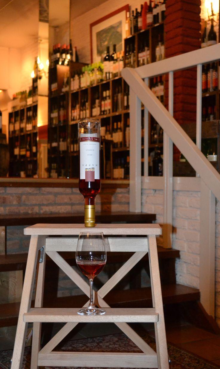 Wijn Happs op de kop