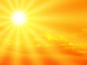 de warme stralen van de zon