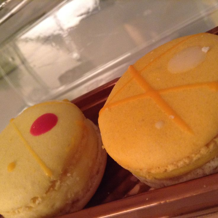 Just eating delicious macarons on a beautiful weekend!!!!! Yummy!!!!