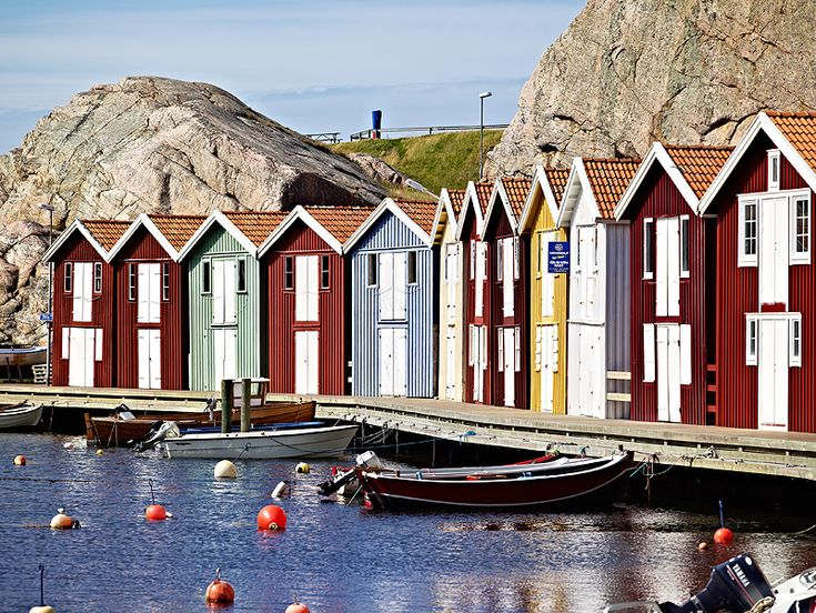 City of Smögen, in the West Coast Archipelago.  #arcipelago #svezia #case #colori #mare #goteborg