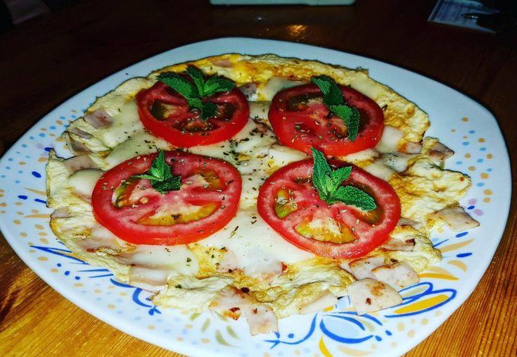 Πίτσα ομελέτα στο τηγάνι