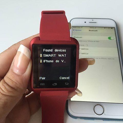 """SmartWatch U08  Spesifikasi : Layar sentuh 148"""" Multi bahasa Teknologi layar sentuh Untuk Android dan ios Strap silikon  smartwatch U08 adalah smartwatch bluetooth yang membuat menghubungkan ponsel Android dan ios anda yang secara mudah mengakses -panggilan telepon -Phonebook -sms -pedometer -pemutaran musik -alarm -kalender -stopwatch -dsb  Harga Rp 120.000- Warna : Putih  Hitam & Merah  Order : line@ : jakartakomputer (pakai @ yaa) WA : 087878775832 BBM: 5B04D5D6  #smartwacthu08 #jam…"""
