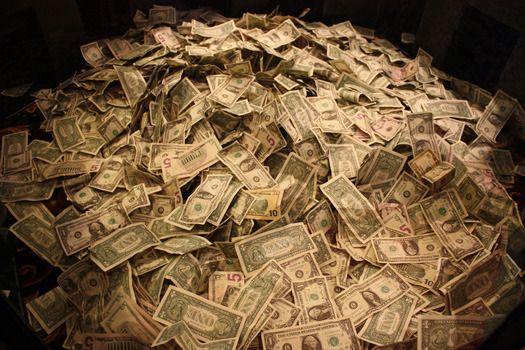 お金持ちと貧乏人の違い!お金を稼ぐ人の行動と考え方とは?