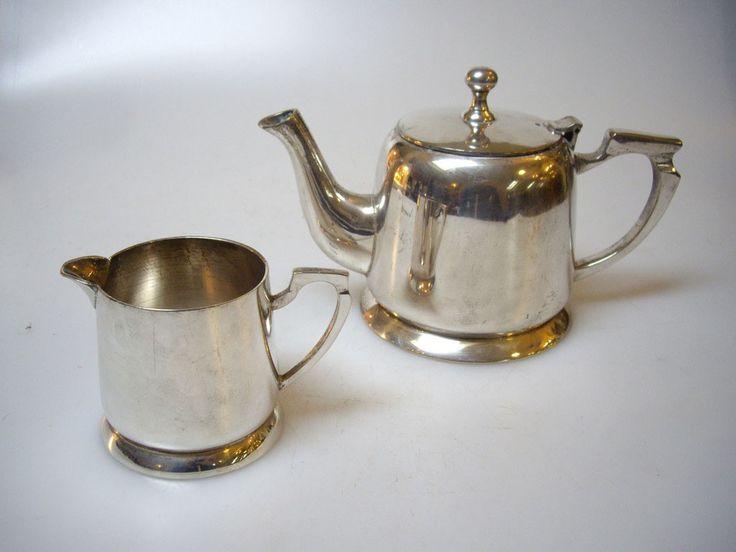 Ceainic si laitiera 175 RON