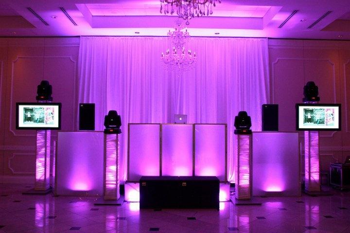 cool dj setup wedding. Black Bedroom Furniture Sets. Home Design Ideas