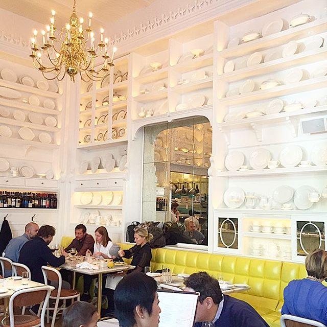 Enchanting Interior Decor At Caffe Storico