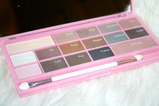 Makeup Revolution Hot Pink Chocolate Palette