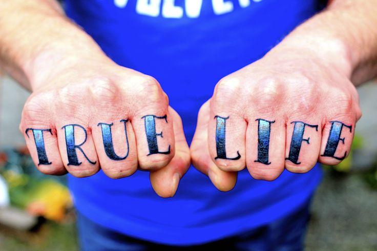 #tattoo #eastsidetattoonl #knuckletattoo #handtattoo #truelifetattoo