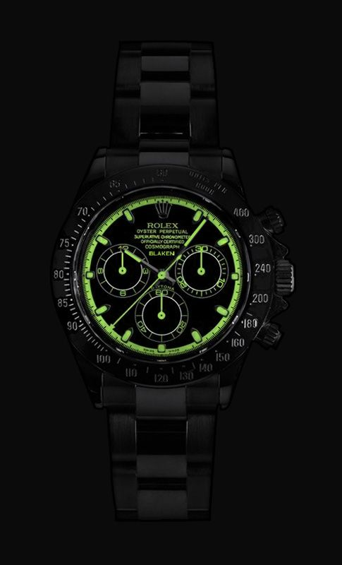 Rolex Daytona...{Illumination Display, Very Impressive!! I did not think A Rolex would be this bright!! This makes it a Very Competitive Option for The Tactical Watch Market!! ATTENTION,  Active-Duty Military, Law Enforcement, Veterans, Preppers and Survivalist, Etc, ~This May Be The Watch For You!!}