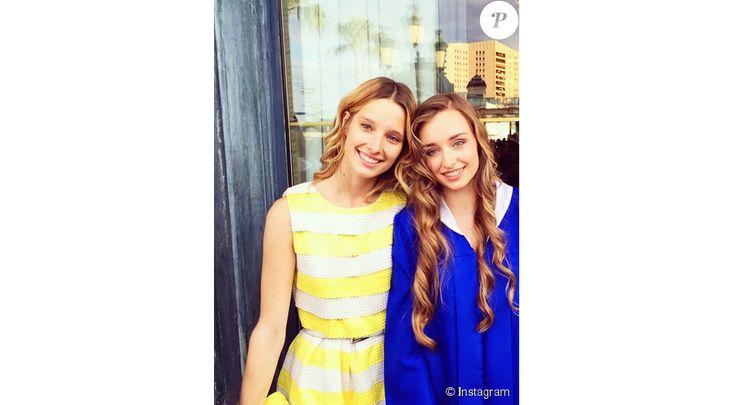 Ilona Smet et sa soeur Emma / photo postée sur Instagram.