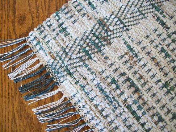 rag rug. seed weave.