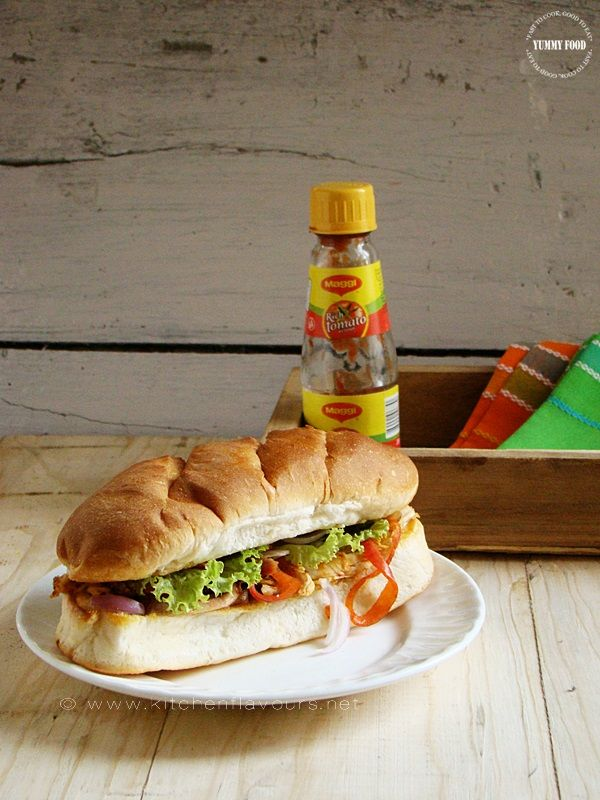 {Leftover Magic} - Shredded Tandoori Chicken Club Sandwiches #leftover #magic #sandwich #shredded #tandoori #chicken #club #indian