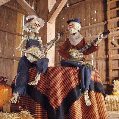 interactive dueling banjo skeletons