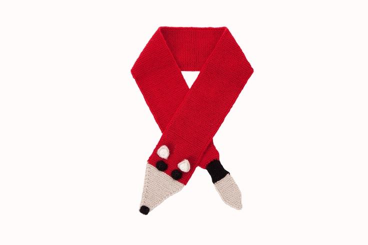 awesome foxy scarf!