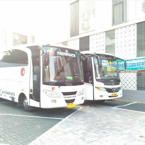 Sewa Bus Pariwisata di Solo Harga Murah Telp. 0822-4343-9356 BBM 2B2AE710