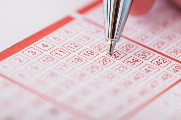 Mathematician Thinks There's a Way to Pick Your Lotto Numbers With a Greater Chance to Win