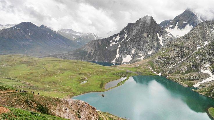 Kashmir Great Lakes Trek, view of a solo traveler and backpacker.The glacial lakes like Vishansar lakes, Gadsar Lake, Gangbal lake and more, Pics & Reviews.