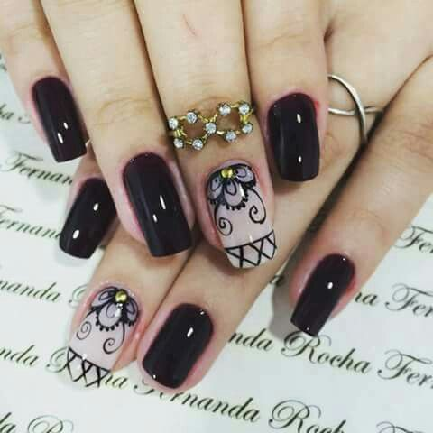 nail art a mano alzada
