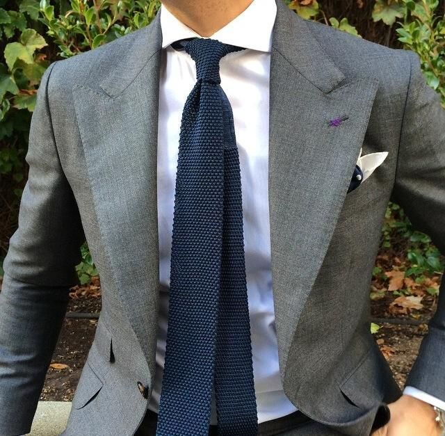 what color tie should i wear with a grey shirt quora