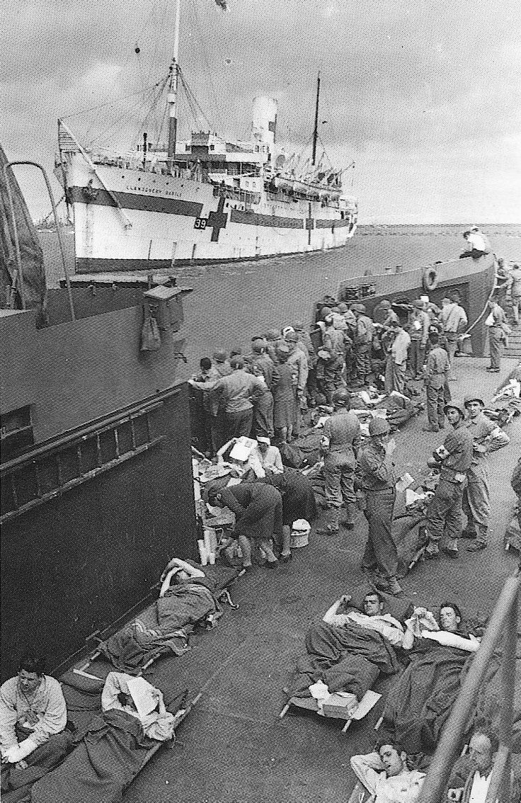 HMS hospital ship N°39 Llandovery Castle 2 with wounded soldiers. 1944.
