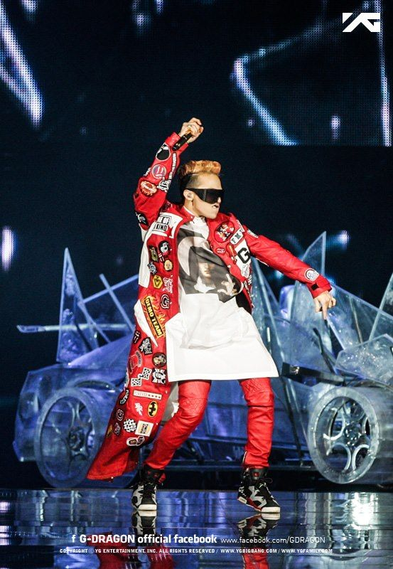 VIDEOS & PHOTOS: G-Dragon's 2013 ONE OF A KIND Tour in Japan