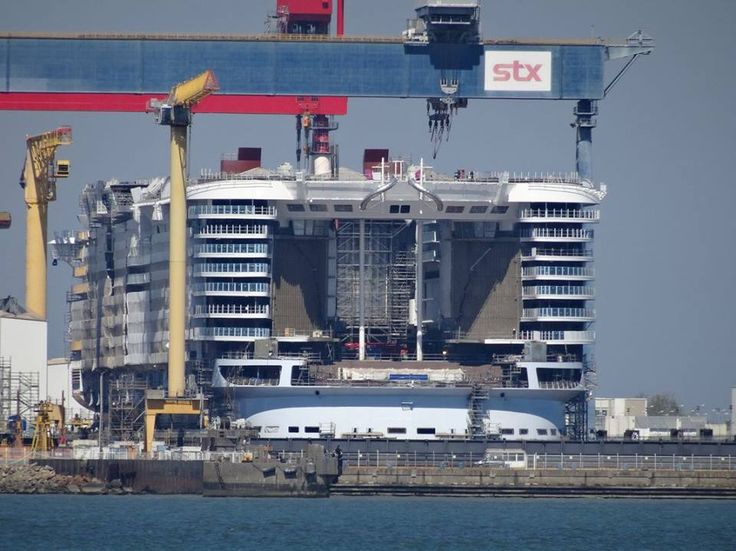 April 22 2017 - Symphony of the Seas aft taking shape.