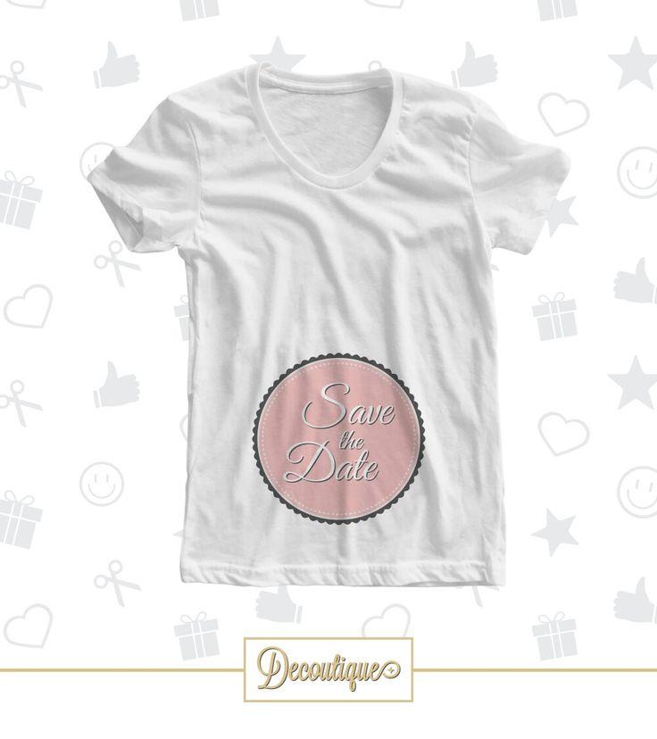 T-SHIRT #tshirt #white #moda #regalo #idearegalo #handmade #bianco #rosa #donna #donne #woman #mamma #mother #mum #gravidanza #data #date #savethedate #contoallarovescia #countdown #bimba #baby #nascita #neonato #pancione #40settimane #40weeks #attesa #waiting #pregnancy  Codice: TSH073 Prezzo: 12,00 € Spedizione in Italia: 6,00 €  Per prenotare la tua T-Shirt contattaci in privato o all'indirizzo email info@decoutique.it Personalizza la tua T-Shirt con lo stile più adatto a te. Affidati a…