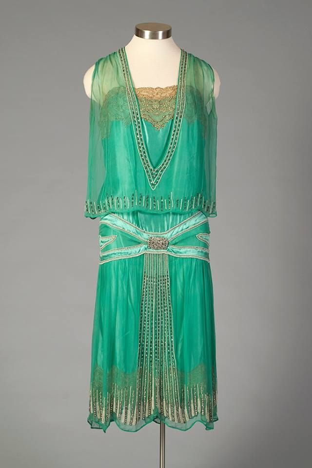 Evening dress, mid-1920′s From the Kent State University Museum on Facebook. CLICK to enlarge