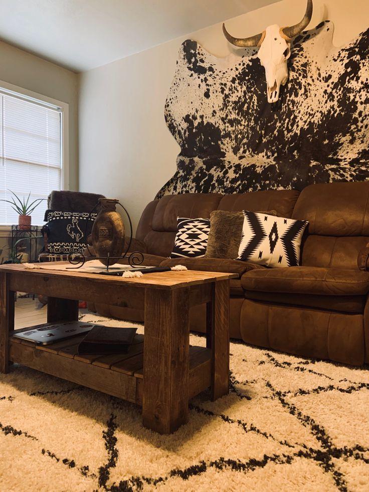 Southwestern Livingroom Cowhide Neutrallivingroomdecor Smallhouse In 2020 Southwestern In 2020 Western Living Room Decor Western Home Decor Western Living Rooms #western #living #room #set
