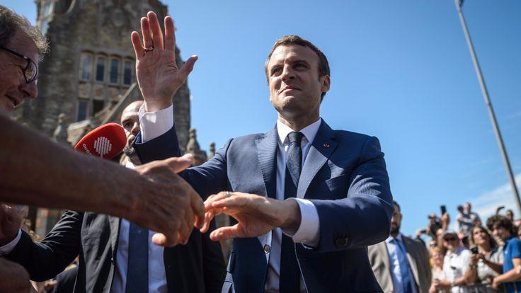 """""""En Marche""""-Sturm fegt alte Parteien weg - Warum Frankreich Macron zu Füßen liegt - Politik Ausland - Bild.de"""